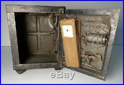 1890s J&E Stevens Watch Dog Safe Mechanical Cast Iron Bank