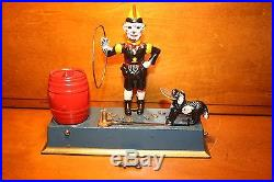 Antique Cast Iron Trick Dog Mechanical Bank by Hubley 1920, s with Key MINT Cond
