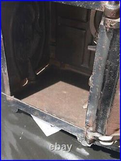Antique J & E Stevens cast iron barking watchdog Mechanical safe bank orig Paint