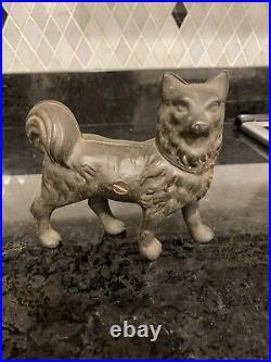 Antique RARE Cast Iron Husky Dog Still Bank Gray Iron Casting Co. 1910