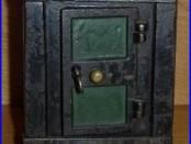 C. 1875 J & E Stevens Cast Iron New York Bank Safe with Key