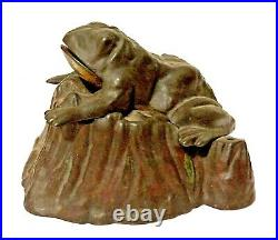 C. 1886 J. & E Stevens Original Cast Iron Toad on Stump Mechanical Bank Works