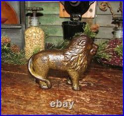 Original Antique Vtg 1920 Williams Quilted Lion Cast Iron Still Penny Bank Rare