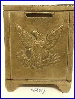 RARE! C. 1902 Arcade Mfg. Sampson Safe Cast Iron Bank Excellent Condition