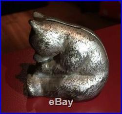 Vintage Antique 2.5 Cast Iron Honey Bear Coin Bank